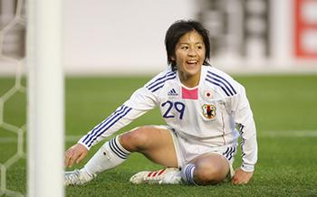 iwabuchi mana nadeshiko japan soccer.jpg